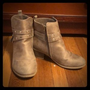 Justice Girls ankle booties